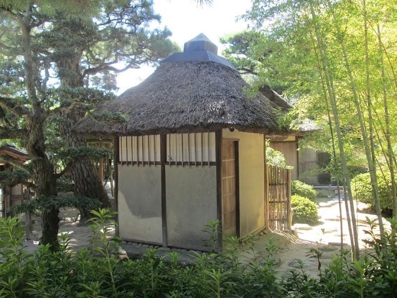 Japanischer garten traditionelle teeh user for Traditionelles japan